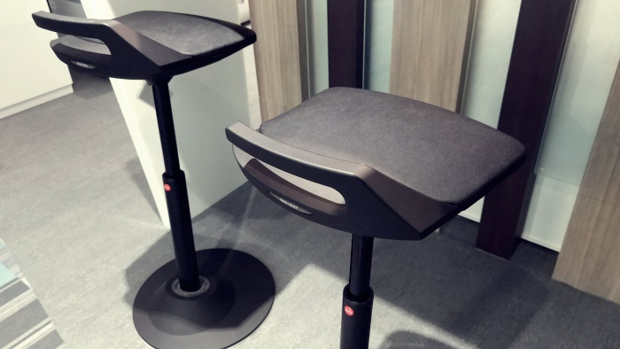 Muvman德國3D動感吧檯高腳椅
